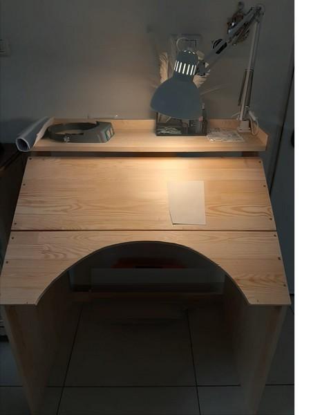 שולחן כתיבה לסופר סתם